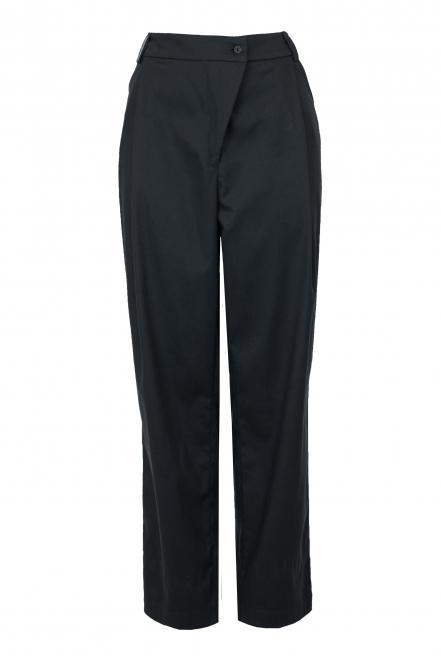 Black banana pants