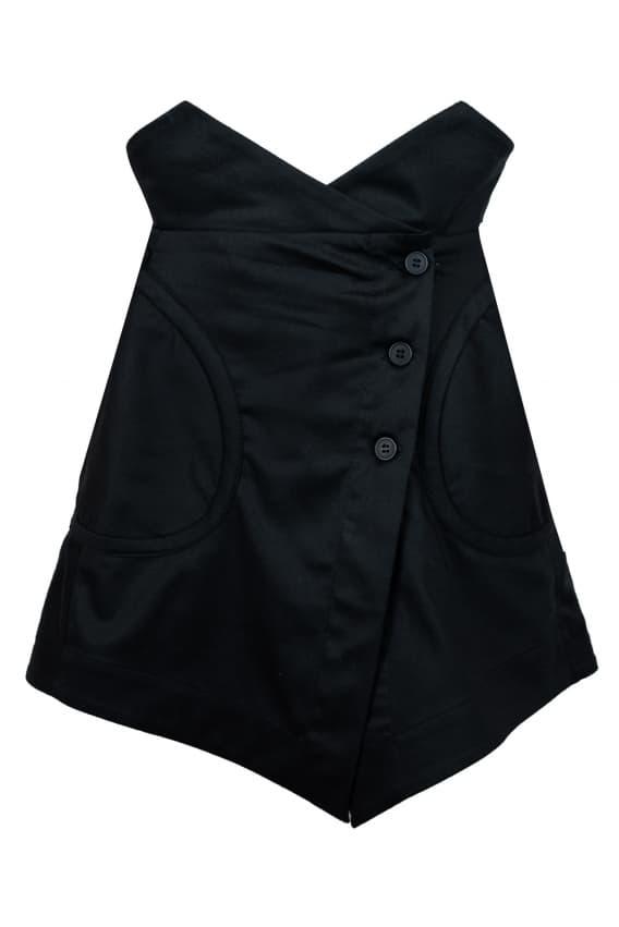 Mini skirt with an inflated black waist